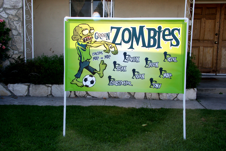 how to build a soccer banner stand